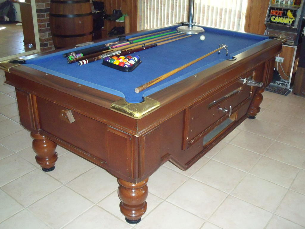 for sale full size pub pool table. Black Bedroom Furniture Sets. Home Design Ideas