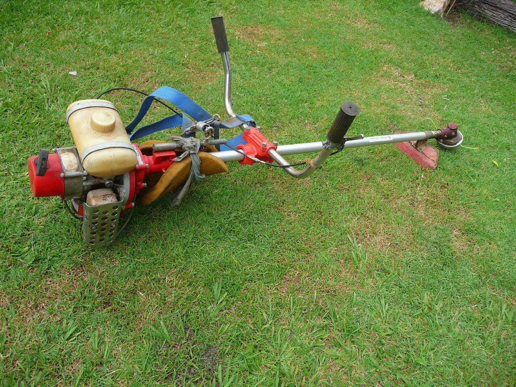 how to use a honda 4 stroke whipper snipper