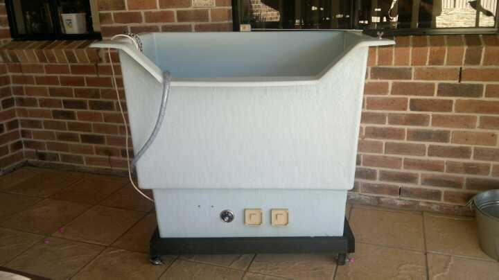 For Sale Large Single Tub Heated Hydro Bath